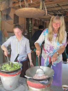 saliva-kaplan-beim-kochen-inchiang-mai
