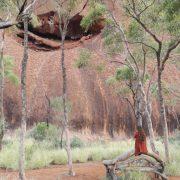 Australien, Outback, Uluru, Ayers Rock, Bäume, Felsspalte, Bank, Gras