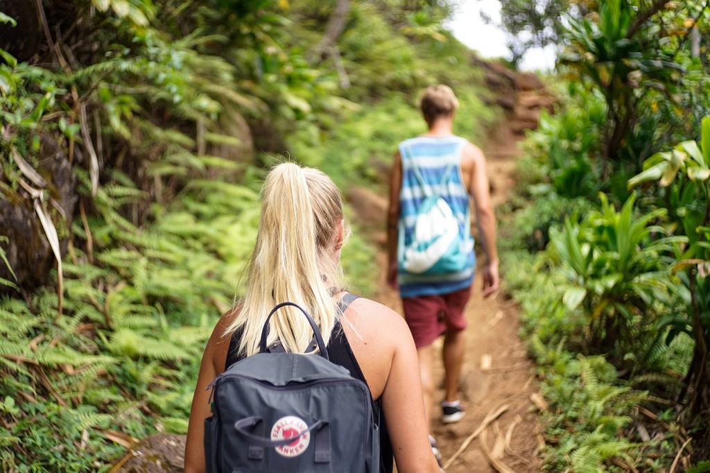 Trekking- und Campingtouren