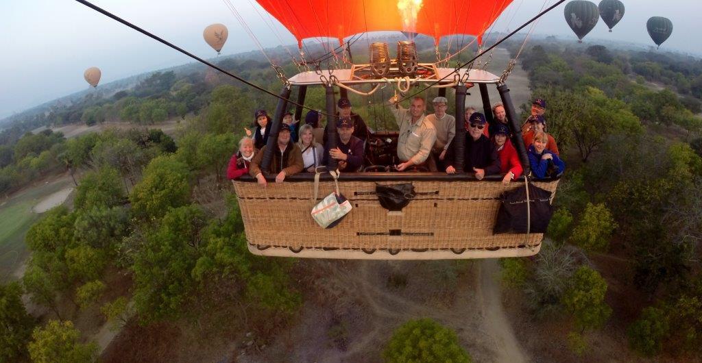 Ballonfahrt Bagan, Myanmar, Ballooning over Bagan, Pagoden